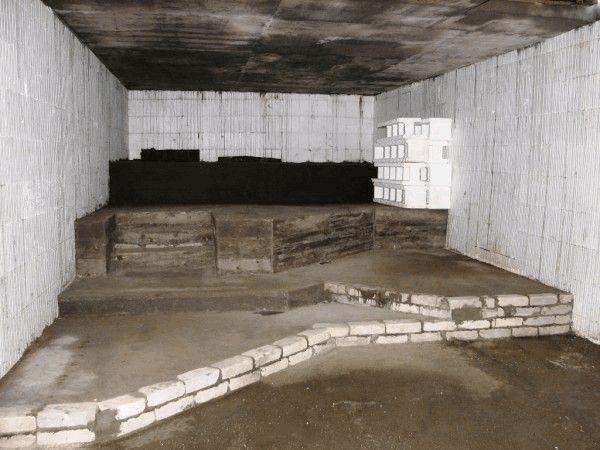 Строительство бани на начальном этапе
